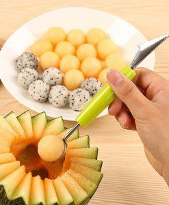 כף ליצירת כדורי פירות