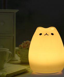 מנורת לילה מחליפה צבעים