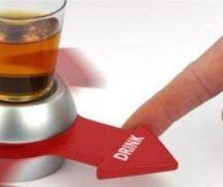 רולטת שתייה משחק שוטים למסיבות מסובבים ושותים